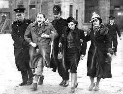 Tsjechische Joden worden Engeland weer uitgezet.
